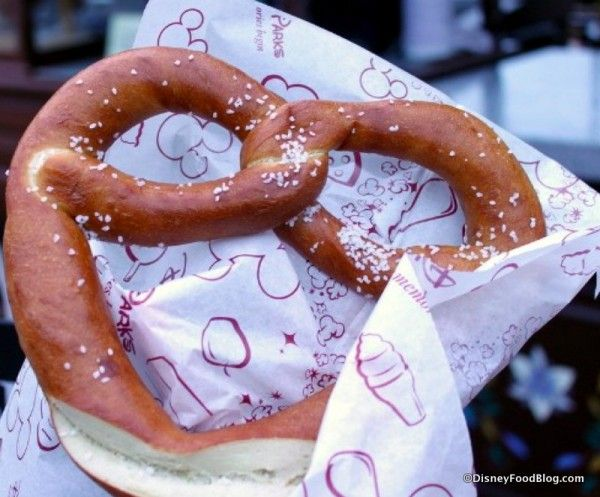 Disney #Recipe: Soft Pretzels from Epcot's Germany Pavilion #WDW #DisneyFood