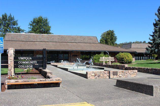 10/01/15 Mass Shooting At Umpqua Community College In Oregon, 10 Reported Dead