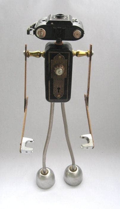 Found Object Robot by Brian MarshallObject Robots, Brian Marshalls Fobots, Armod 497, Robots Art, Object Art, Robots Assemblage, Assemblage Sculpture, Cameras Robots, Art Fobots
