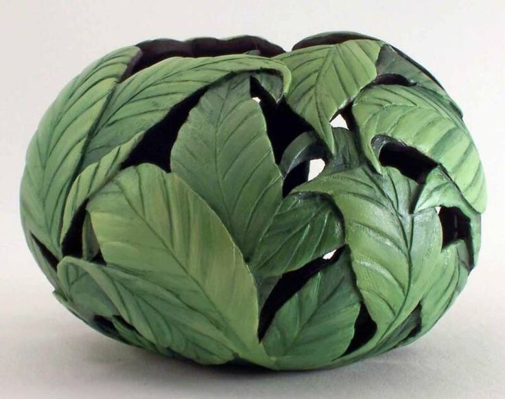 Bonnie Gibson-Gourd Artist  Lots of beautiful gourds on this site.  ...MKL...