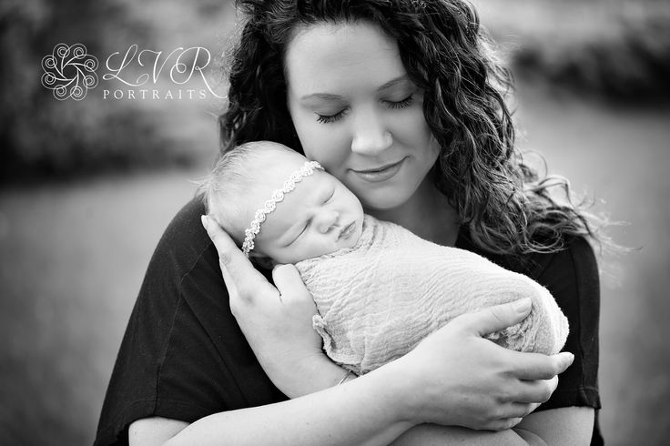 Lvrportraits lancaster pa newborn photographer