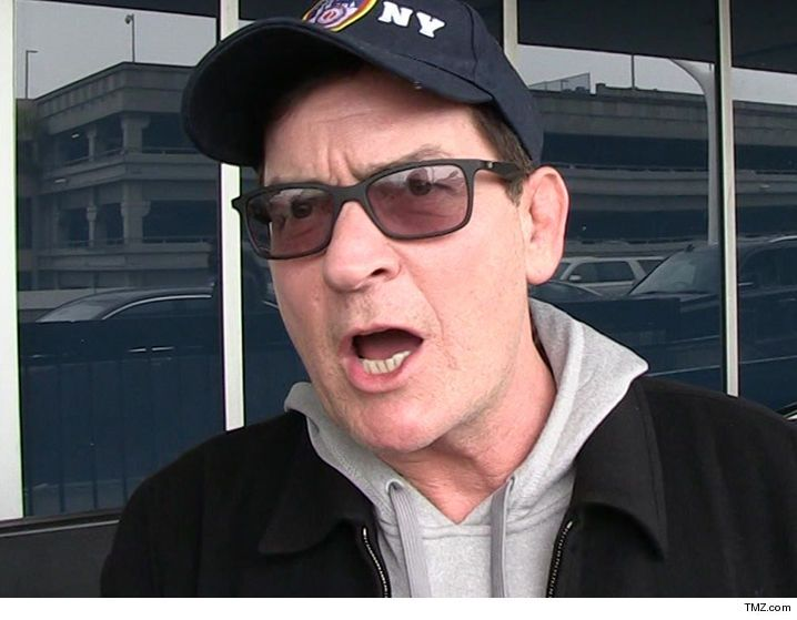 Charlie Sheen pert indított Kitett Ex HIV   TMZ.com