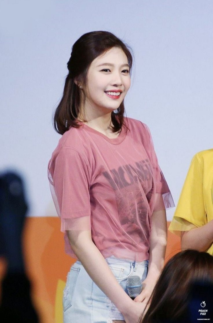 Other red velvet s airport fashion celebrity photos onehallyu - Other Red Velvet S Airport Fashion Celebrity Photos Onehallyu I Love Her New Hair She Download