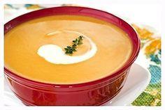 Pastinaaksoep, hou je van een beetje pittige soep? Dan is dit een recept van pastinaaksoep wat je zeker eens moet proberen.