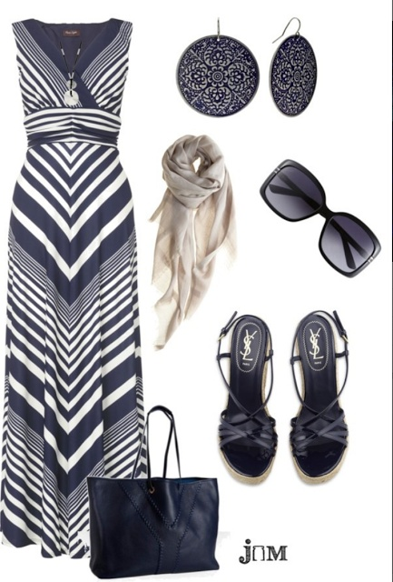 LOLO Moda - a darker summer trend. Navy and white V-striped maxi dress, navy sandals, navy earrings, navy bag...navy, navy, navy