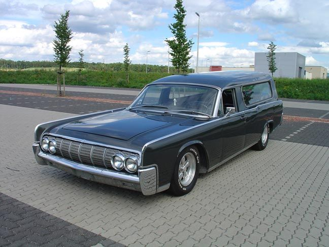 Pin By Devin Wyatt On Custom Hearse Hearse Classic Cars Vintage Lincoln Continental