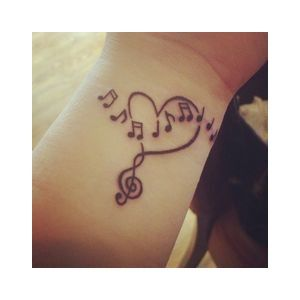 50 Cute Small Tattoos for Girls