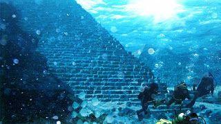 Yonaguni Monument : Scuba Diving Japan's underwater pyramids
