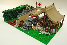 lego tent | LEGO WW2 Battalion Aid Station : LEGO World War 2 Battalion Medic ... | legos | Pinterest | Lego Ww2, Lego and Roof Ideas