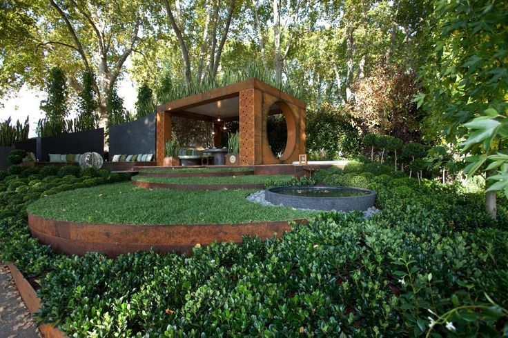 Welcome to Paal Grant | Garden designed by Paal Grant. Structural steel beams within the design are Boxspan steel beams by Spantec.