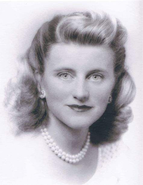 Mrs~~Kathleen Agnes (Kennedy) Cavendish, Marchioness of Hartington (February 20, 1920 – May 13, 1948) was an American socialite. She was the fourth child and second daughter of Joseph P. Kennedy, Sr. (1888–1969) and Rose Fitzgerald (1890–1995). She was a sister of future U.S. President John F. Kennedy (1917–1963) and widow of politician William J. R. Cavendish (1917–1944).♛♛♛❤✾❤✾❤❁❤❃❤❁♛♛♛ http://en.wikipedia.org/wiki/Kathleen_Cavendish,_Marchioness_of_Hartington
