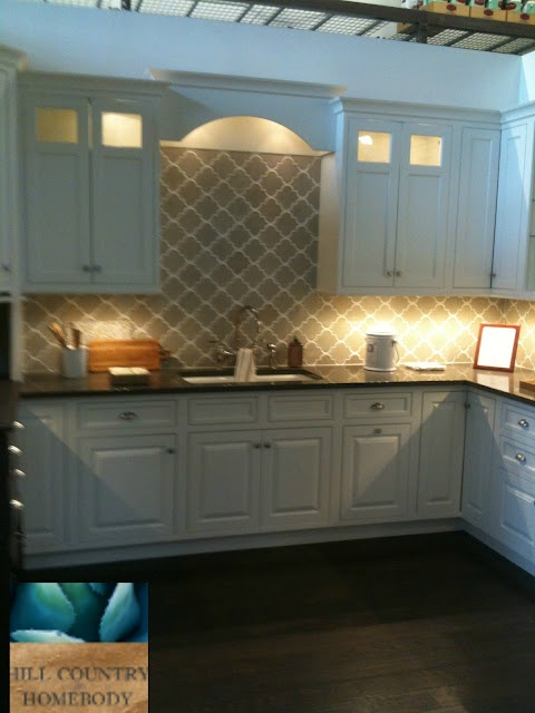 ivory kitchens design ideas hill country homebody white kitchen arabesque tiles 4884