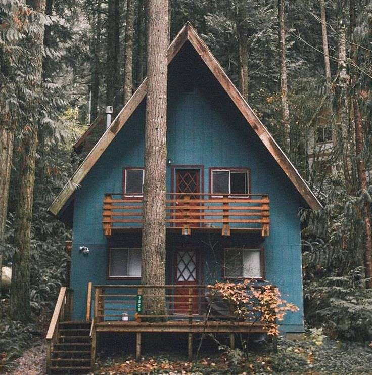 """This weekend's cabin // : @robstrok"""