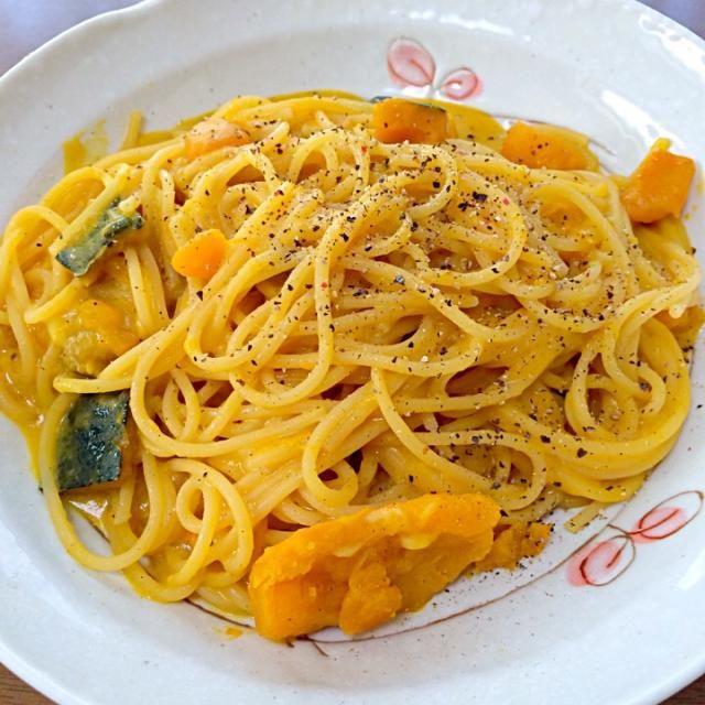 余ったかぼちゃの煮物をリメイクしてみました❗️ - 134件のもぐもぐ - かぼちゃのクリームパスタ by mocomomo0721