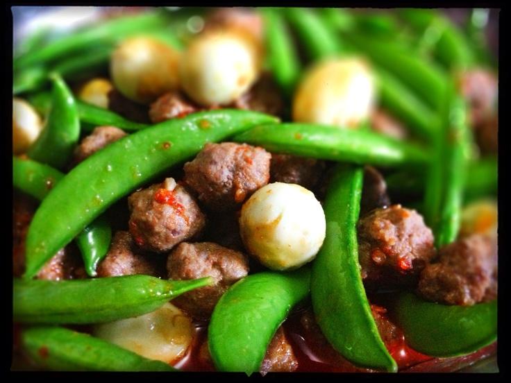 How to Mke Mini Meatballs Veg & Quail Eggs in Chili Sauce | Recipe