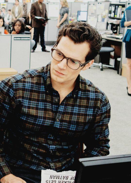 I'm drooling. Henry Cavill in glasses as Clark Kent