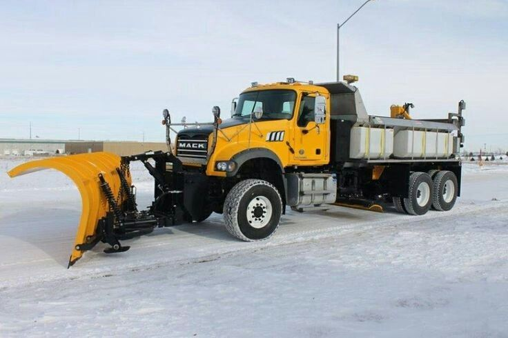Mack Snow Plow Truck With Images Snow Plow Truck Plow Truck