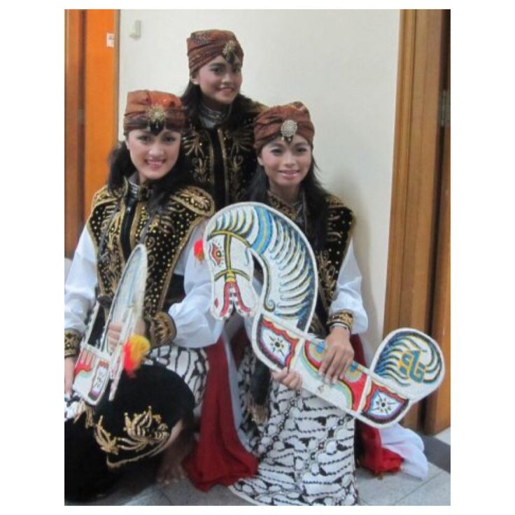 Jaranan Dance - Central Java Province #Traditional #Dance #Indonesia