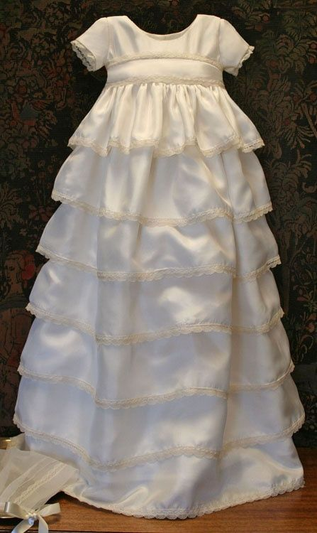 """Isabel Garreton Communion Dresses 