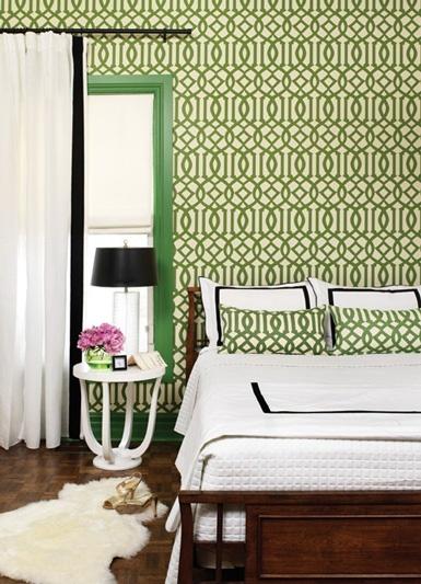 Imperial trellis and hello emerald trim. swoon.#emerald #bedroom