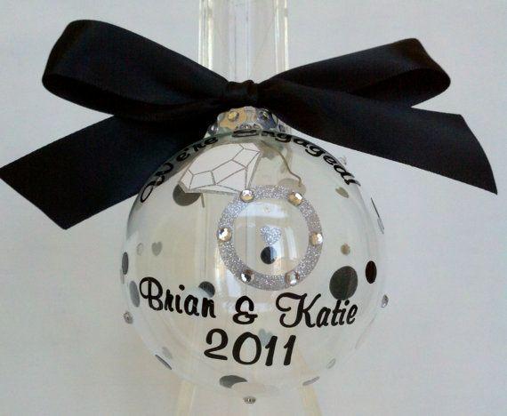Wedding Gift Ornaments: 1000+ Ideas About Wedding Christmas Ornaments On Pinterest