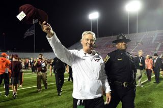 Latest news, USA Trends,News Hub: Virginia Tech sends Frank Beamer out with Independ...