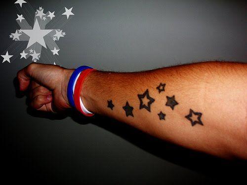 15 besten arm tattoos of stars bilder auf pinterest k nstler beleza und beliebteste tattoos. Black Bedroom Furniture Sets. Home Design Ideas