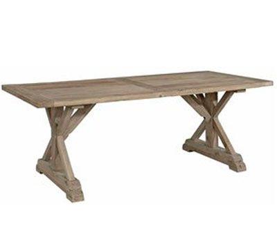 Dette dejlige spisebord er lavet af gensbrugstræ og har en størrelse, der kan have plads til 10-12 personer. Benene danner et kryds og kan tillige bestilles i hvid eller sort malede ben.  Størrelse: L220 x B100 x H76 cm