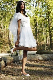 http://www.mariage.com/robes-de-mariee/les-robes-par-marque/1072-gwannicollection-printemps-ete-2014 Gwanni, collection printemps-été 2014
