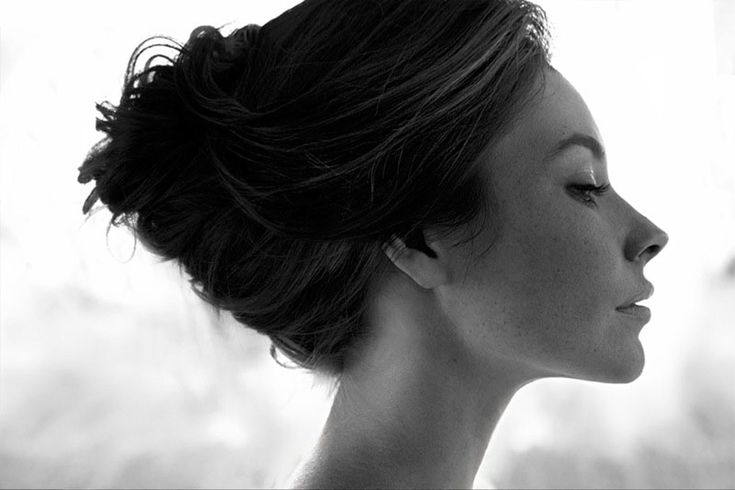 Evangeline Lily by Tony Duran.  Reminds me of the photographs Avedon made of Audrey Hepburn.