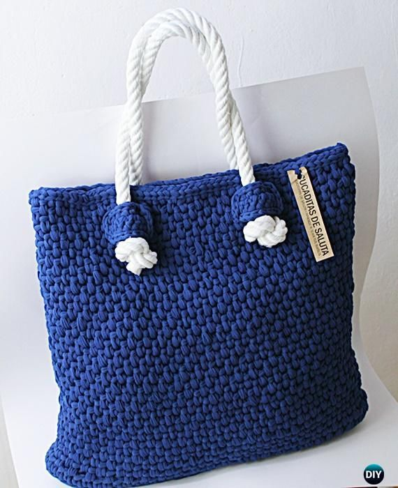 Crochet fettuccia Tote Bag Free Pattern   This simple tote is perfect for the beach