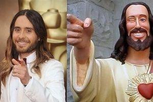 Vencedor do prêmio de melhor ator coadjuvante, Jared Leto acabou virando assunto na internet por outro motivo esta noite: barbudo e cabeludo, está a cara de Jesus Cristo. Não acha?