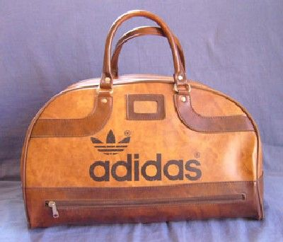 d2aa3adbc2 puma retro sports bag