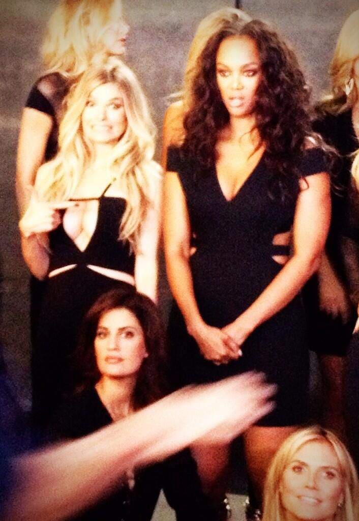 Standing next to @tyrabanks for the @SI_Swimsuit legends shoot was awesome! I kind of freaked out haha!