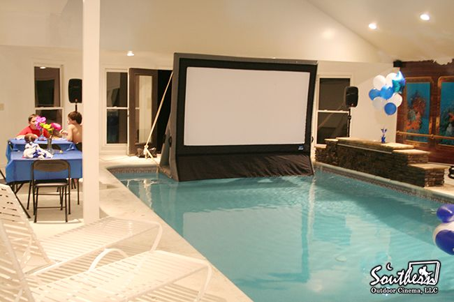 Inflatable Movies Screen That Float On Water