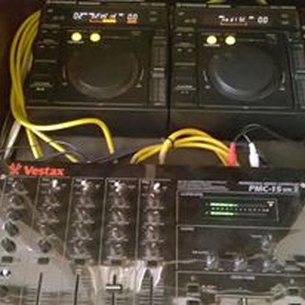 """Check out """"deep - house - mix avetinio sv4mxy"""" by Avetis Giavasian on Mixcloud"""