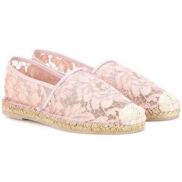 Valentino Lace Espadrilles (19,850 THB) ❤ liked on Polyvore featuring shoes, sandals, pink, valentino shoes, espadrille sandals, valentino espadrille, espadrilles shoes and lace-up espadrilles