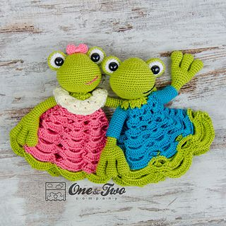 Kelly_the_frog_security_blanket_crochet_pattern_02_small2