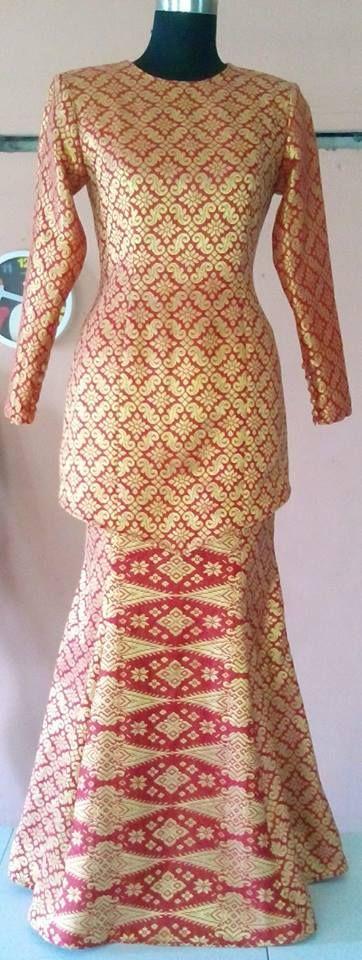 7 panel skirt Songket