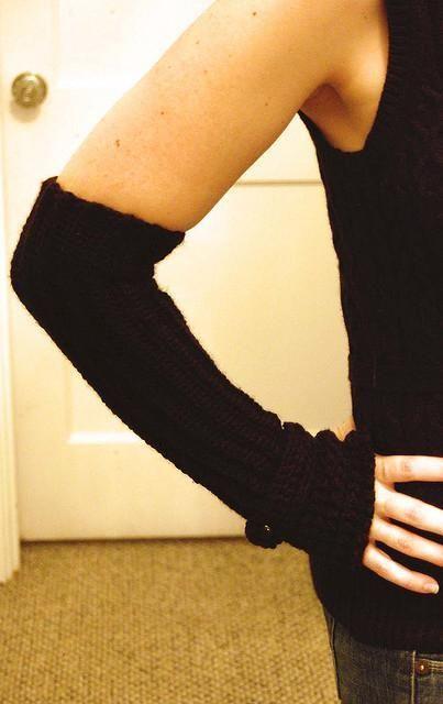 Audrey Fingerless Glove CROCHET Pattern
