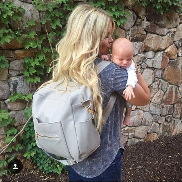 Happy Monday! How gorgeous is this photo of Brittney and her sweet babe from…
