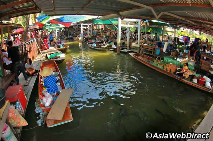 Taling Chan Floating Market - Bangkok Magazine
