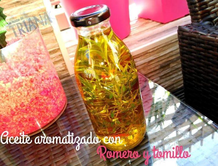 Elaboramos nuestro propio aceite aromatizado con romero y tomillo