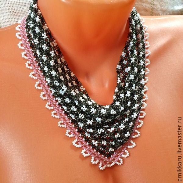 Купить Косынка из бисера в клеточку - чёрно-белый, розовый, косынка из бисера, бисер, колье, ожерелье