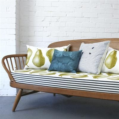 Vintage Ercol Day Bed - Pears
