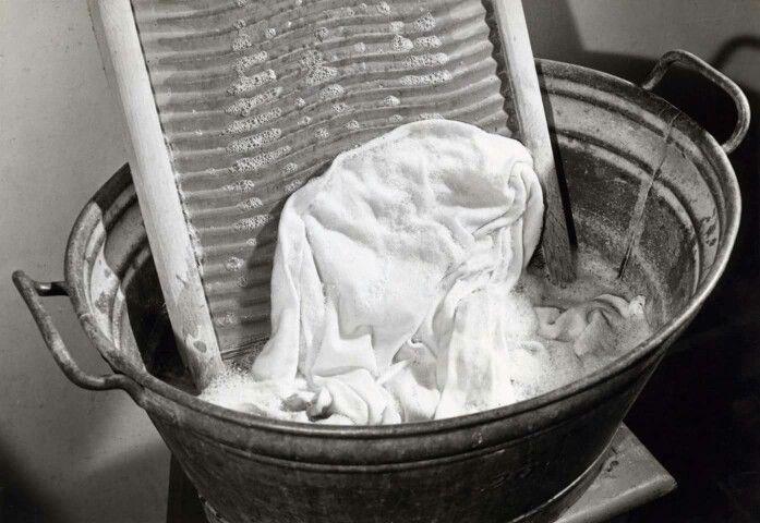 Wassen op wasbord