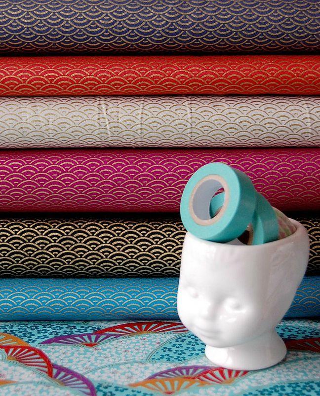 japanese fabric tissu japonais vagues dorées