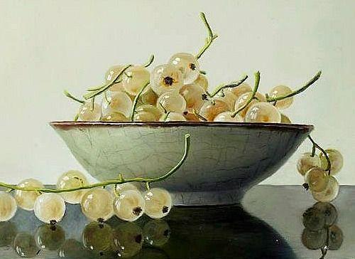 birdcagewalk:    stilllifequickheart: Johan de Fre White Currants in a White Bowl 21st century