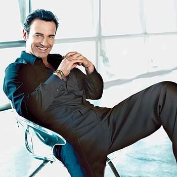 Julian McMahon #Nip/Tuck (Dr. Christian Troy)   Why wasn't he picked for 'Fifty Shades of Grey'?!?!
