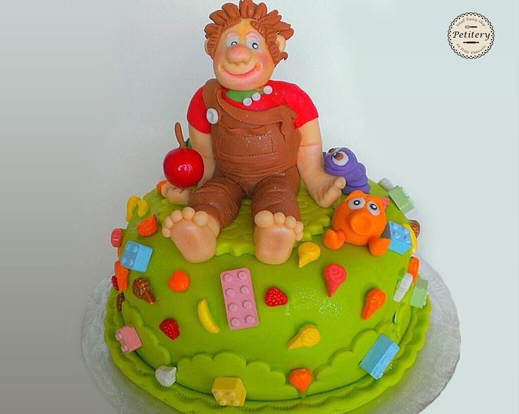 Wreck-It Ralph cake